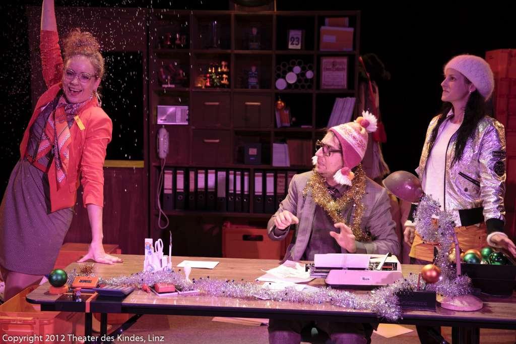 theaterdeskindes-linz_4411christkindl-111